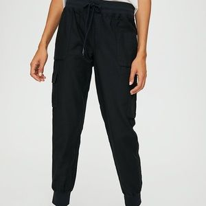 Aritzia Community Cebu Pants in small